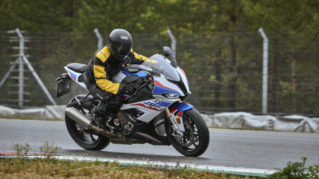First time on the racetrack with the new BMW S100RR during the RRDays